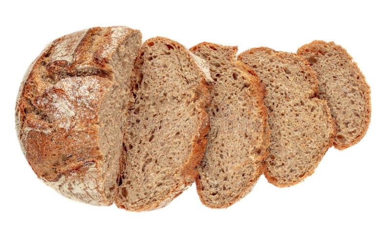 Skivat bröd som isoleras på vit bakgrund Nytt bröd cutted skivor stänger sig upp Bageri matbegrepp Top beskådar arkivbild