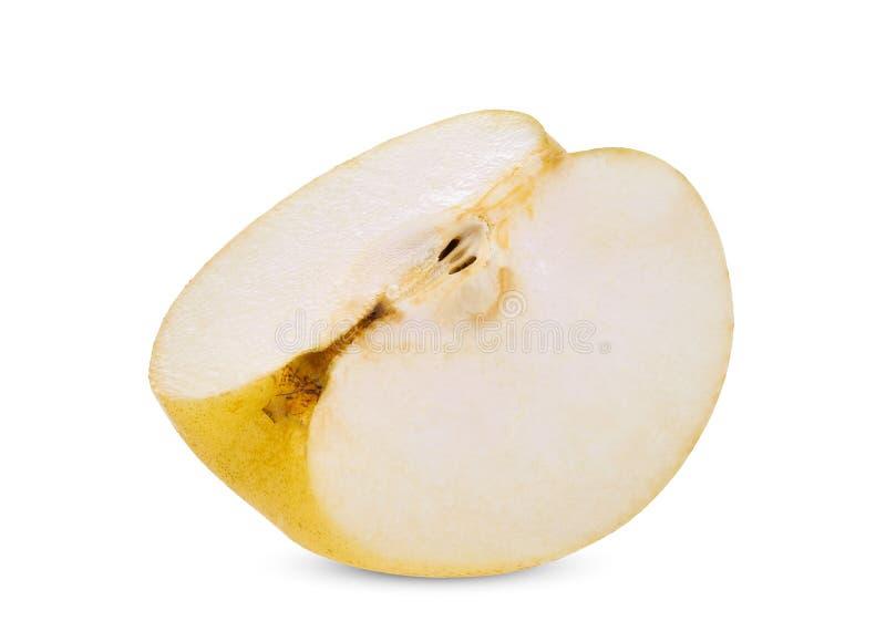 Skivat kinesiskt päron på vit royaltyfri foto
