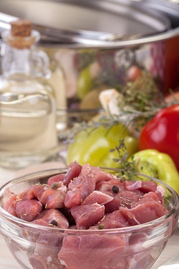 Skivat nytt griskött arkivbild