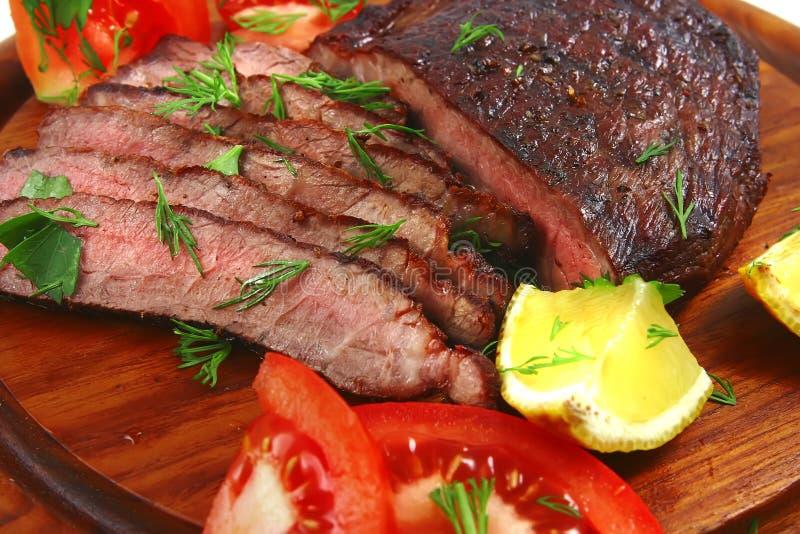 skivor för stek för nötköttmeatplatta arkivbilder