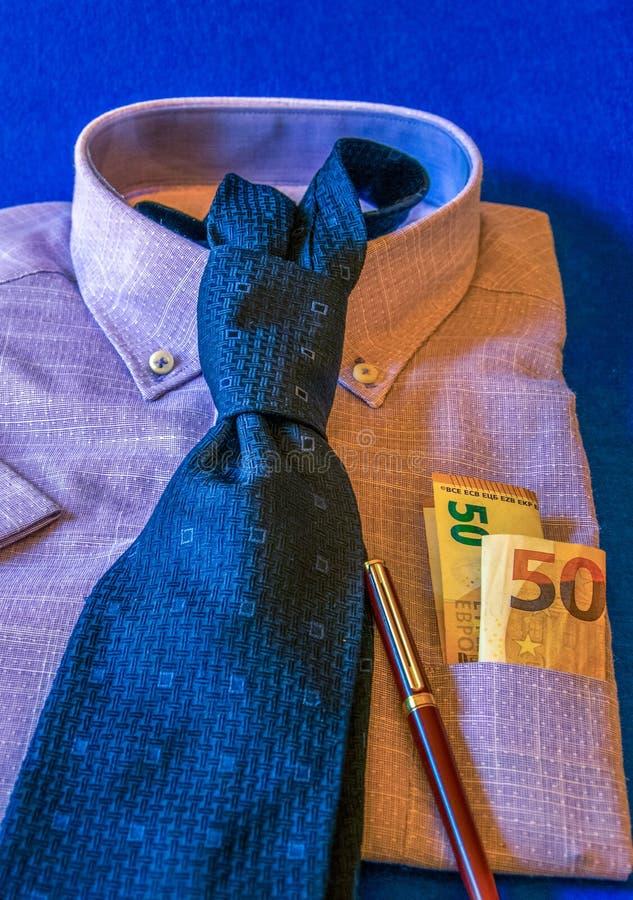 Skjorta och Tie royaltyfri foto
