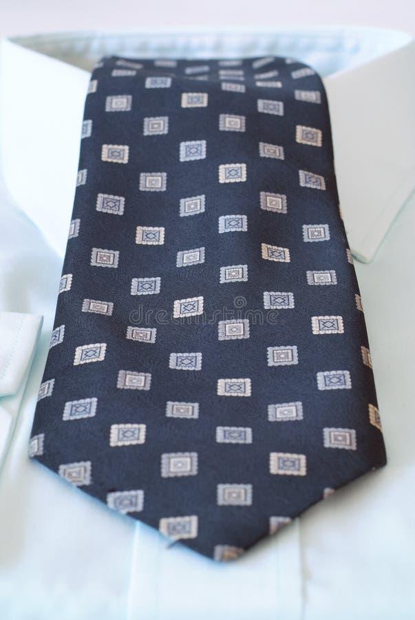 skjortatiearbete royaltyfri fotografi