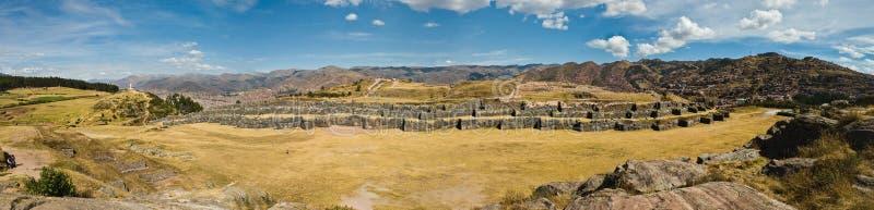 Skjuten Sacsayhuaman panorama royaltyfri bild