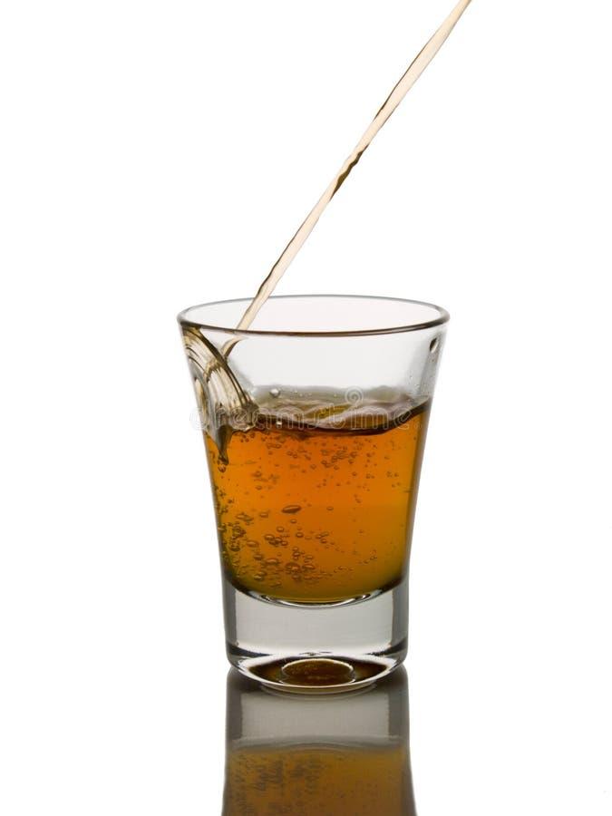 skjuten whisky arkivbilder