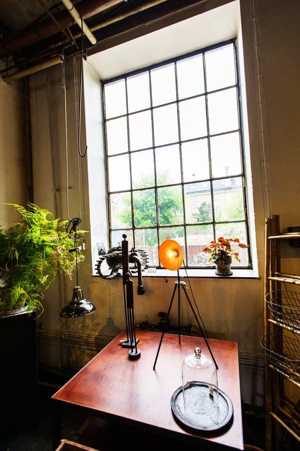 Sklep handmade domowy wystrój przy Freetown Christiania zdjęcie stock