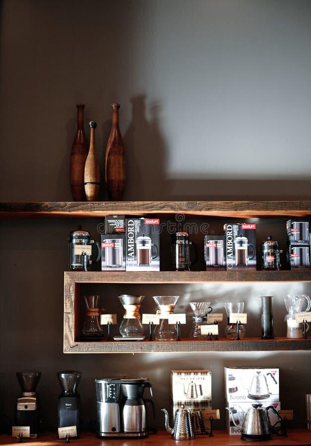 sklep z kawą merchandise zdjęcie royalty free
