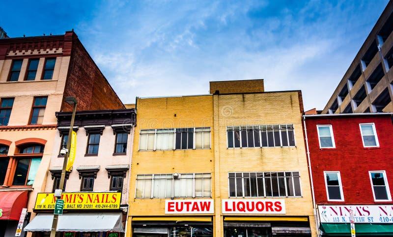 Sklepy na Eutaw ulicie blisko Lexington rynku w Baltimore, Maryl obrazy stock