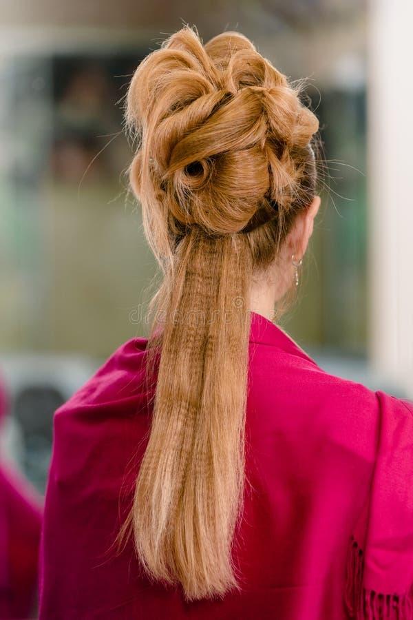 Skończona wieczór fryzura fotografia stock