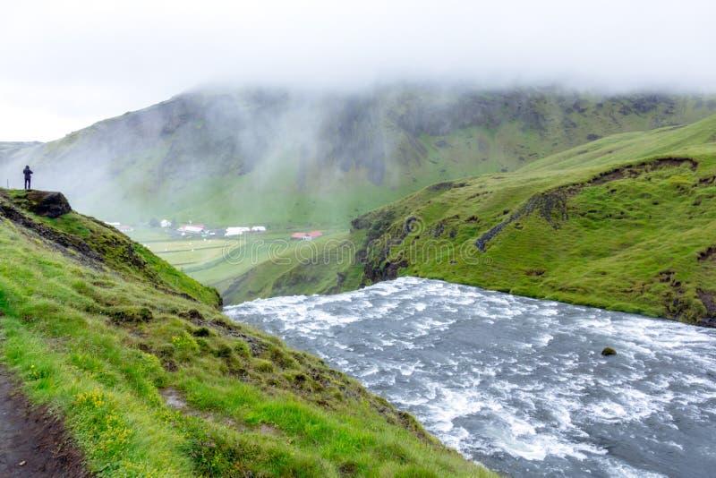 Skoga rzeka nad Skogafoss siklawą, Iceland, Europa obraz stock