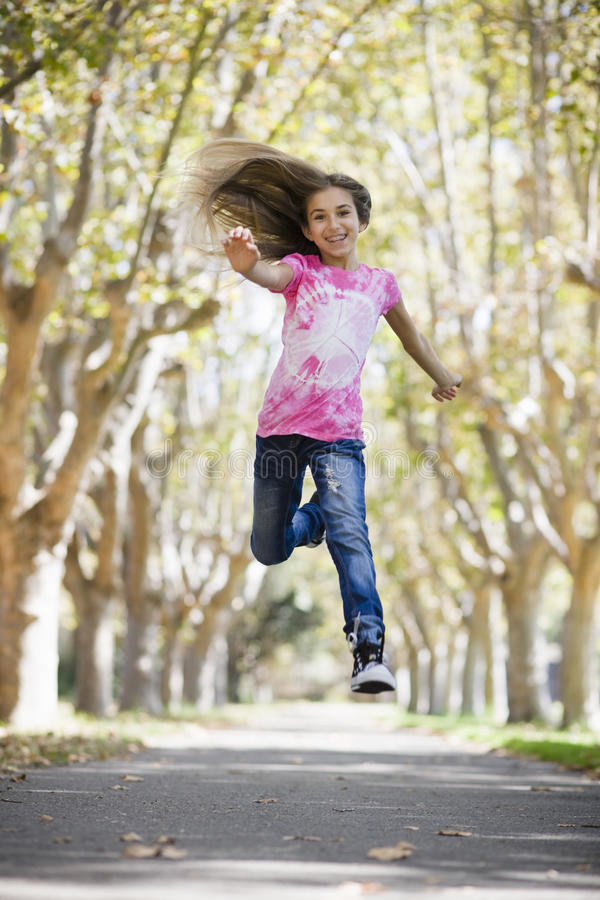 skokowy dziewczyny tween zdjęcie royalty free