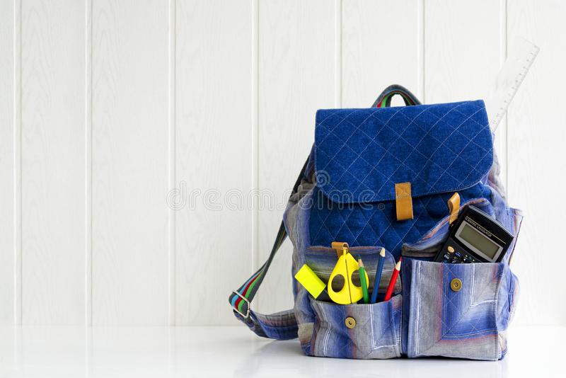 Skola påse, ryggsäck royaltyfri bild