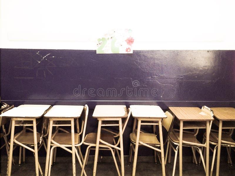 Skolabänk royaltyfria foton