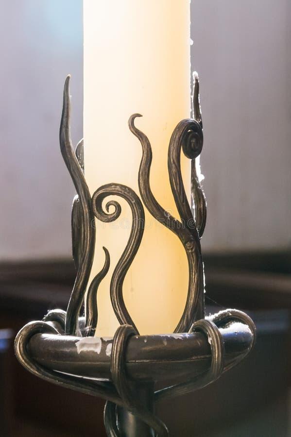 Skomplikowany świeczka właściciel w kościół przy Selworthy w Somerset zdjęcia royalty free