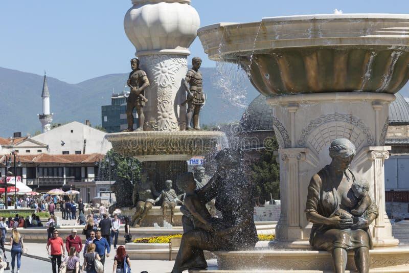 SKOPJE, MACEDONIË - APRIL 14, 2016: Vierkante Makedonia, capita stock foto's