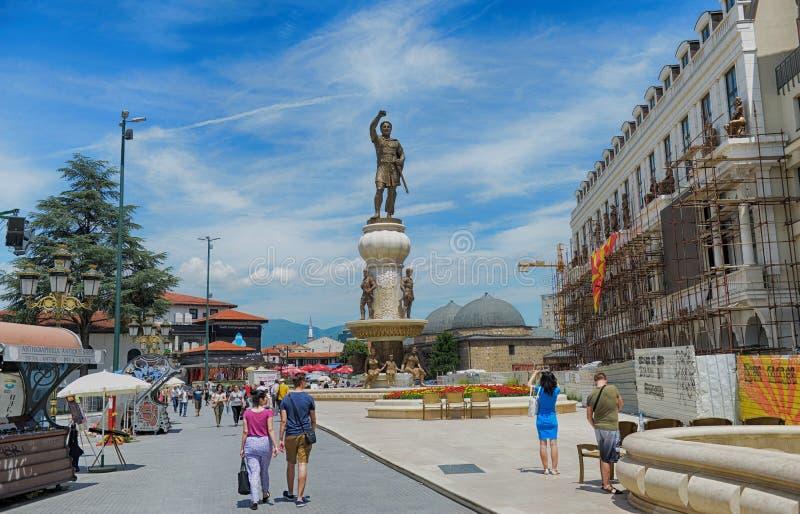 SKOPJE MACEDONIA, Czerwiec, - 10, 2017: Phillip II kwadrat w Skopje fotografia stock