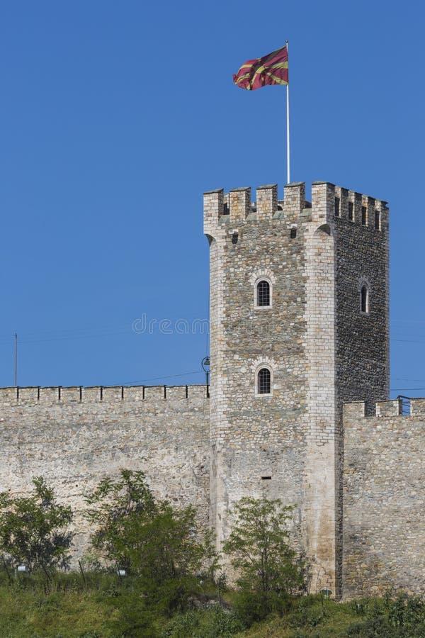 SKOPJE MAKEDONIEN - APRIL 15: Grönkålfästningen är en historisk fortre arkivfoton
