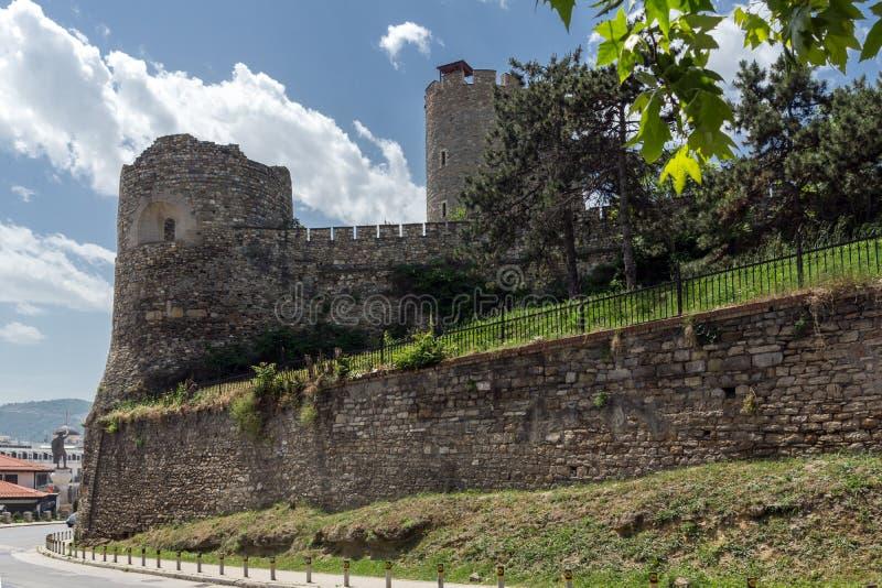 SKOPJE, REPUBBLICA MACEDONE - 13 MAGGIO 2017: Fortezza del cavolo della fortezza di Skopje in Città Vecchia immagini stock libere da diritti