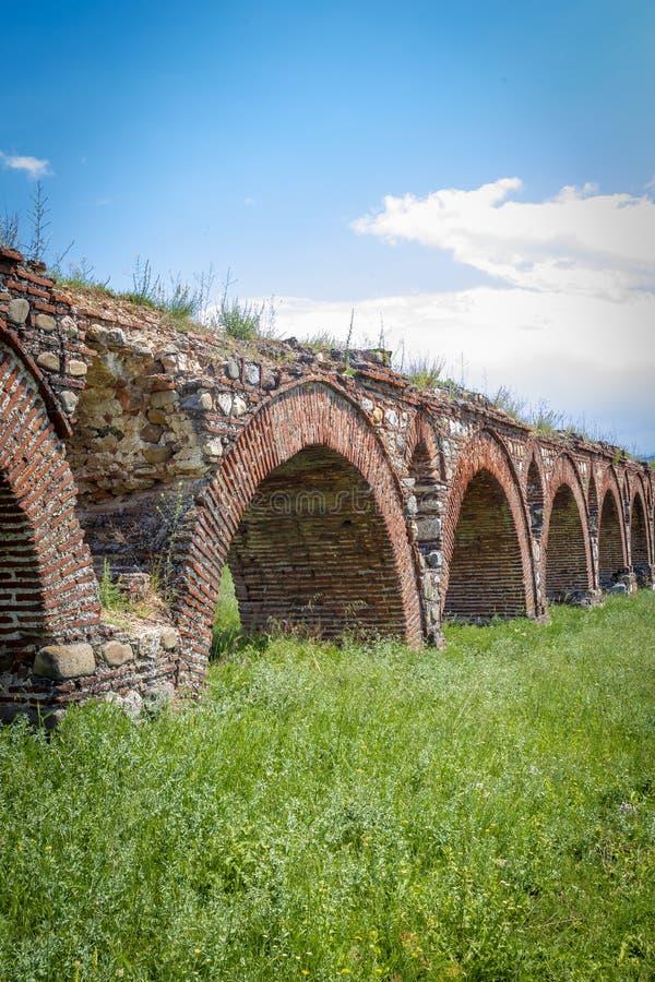 Skopjeaquaduct, Noord-Macedonië royalty-vrije stock afbeeldingen