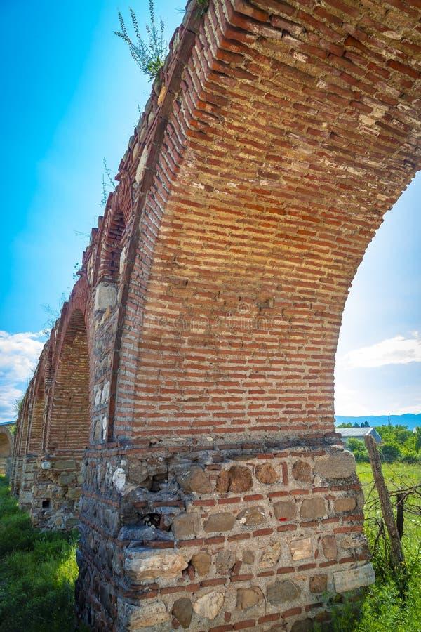 Skopjeaquaduct, Noord-Macedonië royalty-vrije stock fotografie