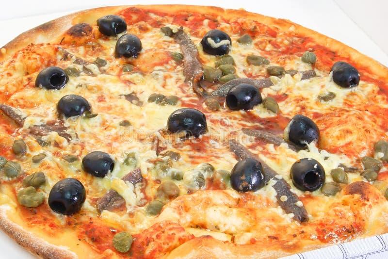 skorupiasta pizza zdjęcie royalty free