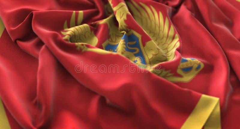 Skott för Montenegro flagga rufsat Beautifully vinkande makronärbild royaltyfri fotografi