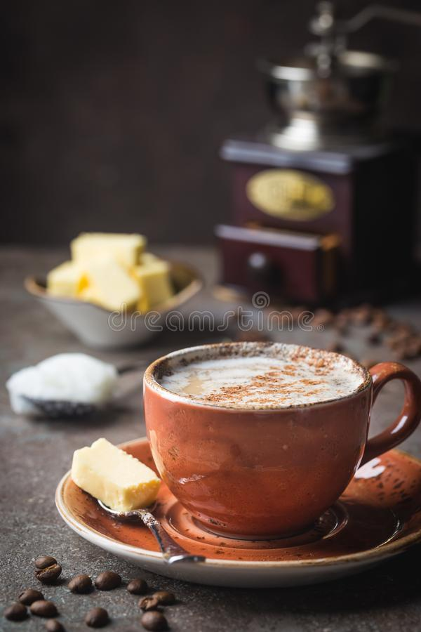 Skotts?kert kaffe, keto-frukost royaltyfria bilder