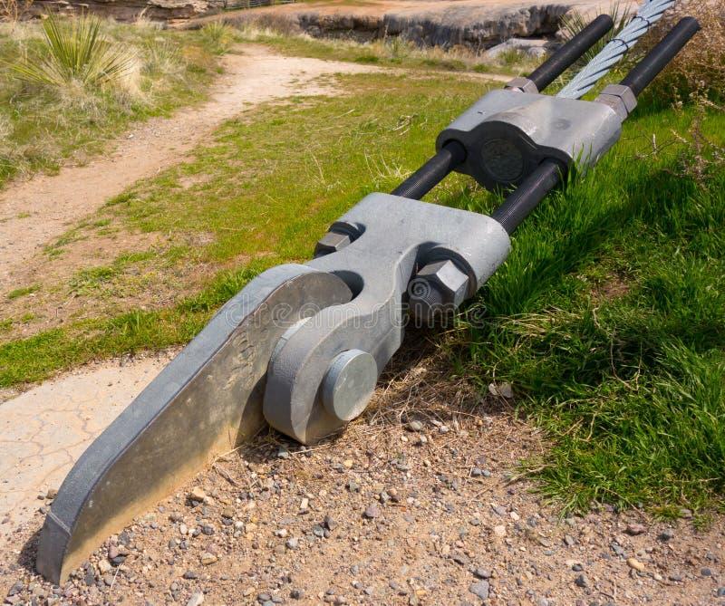 Skowa dla zawieszenie mosta przy parkiem w thermopolis obraz royalty free