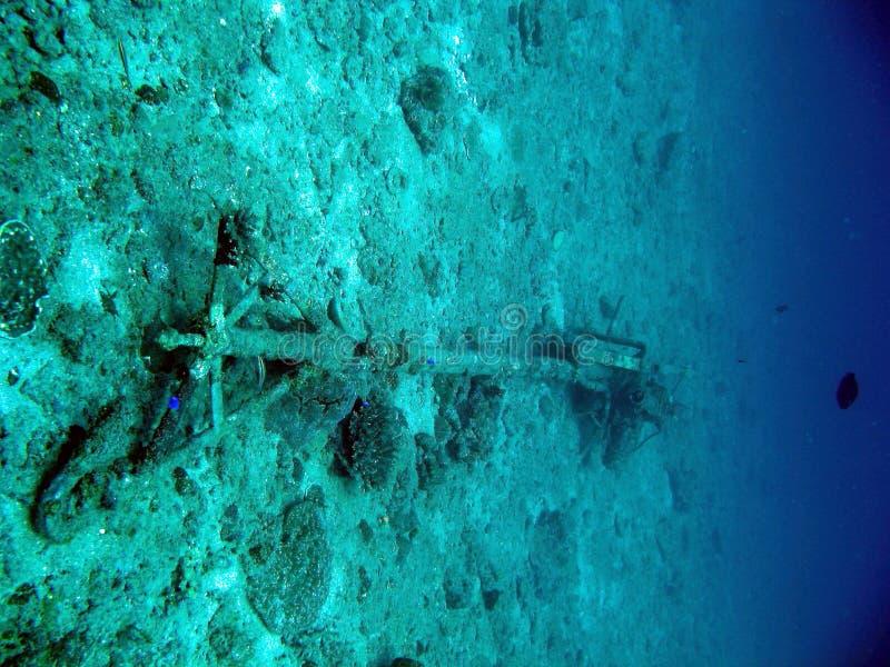 Skräp på seabeden arkivbilder