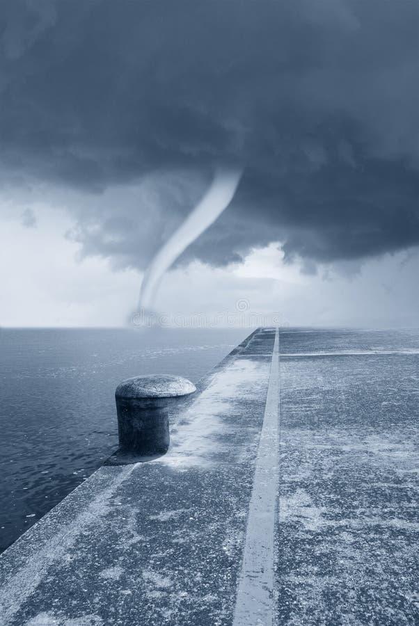 Skręcarka na morzu fotografia stock