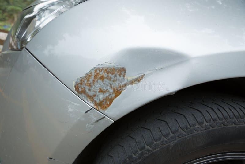 Skrapor på bilen royaltyfria bilder