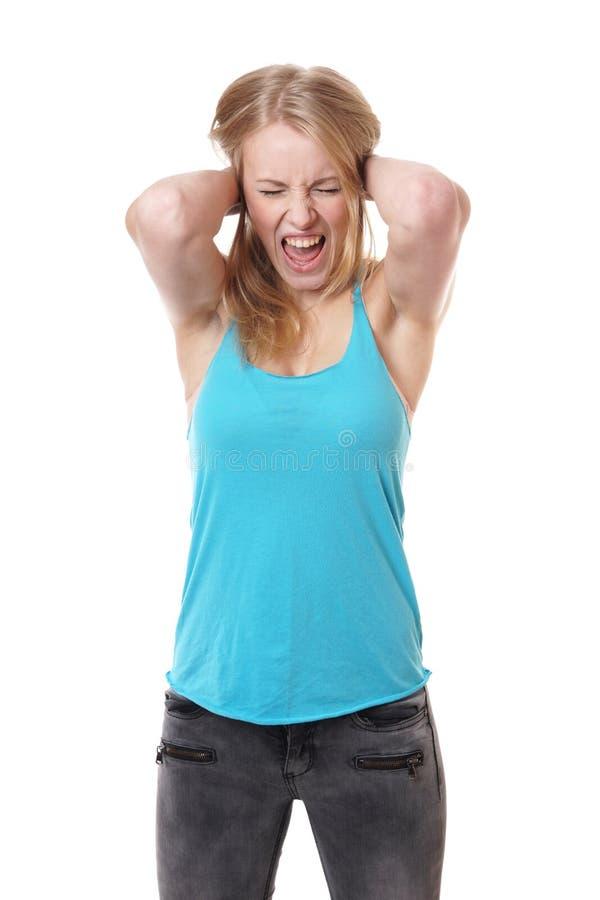 Skrikig kvinna i förtvivlan royaltyfri foto