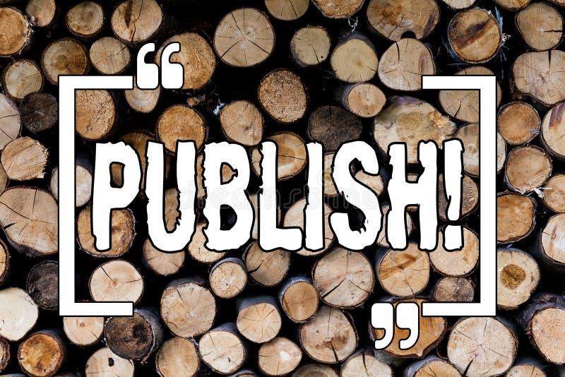 Skriva anmärkningsvisning publicera Att ställa ut för affärsfoto gör information tillgänglig till att visa frågan en träskriftlig fotografering för bildbyråer
