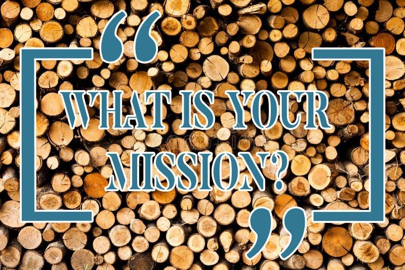 Skriva anmärkningsvisning vad är din Missionquestion Affärsfoto som ställer ut det positiva målet som fokuserar på att uppnå fram fotografering för bildbyråer