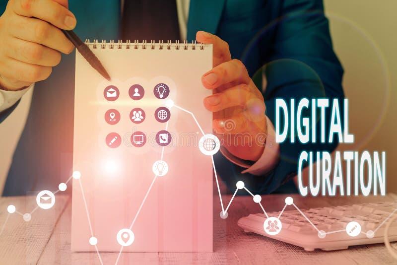Skriva text digital kursion Företagskoncept för insamling och arkivering av digitala tillgångar arkivbilder