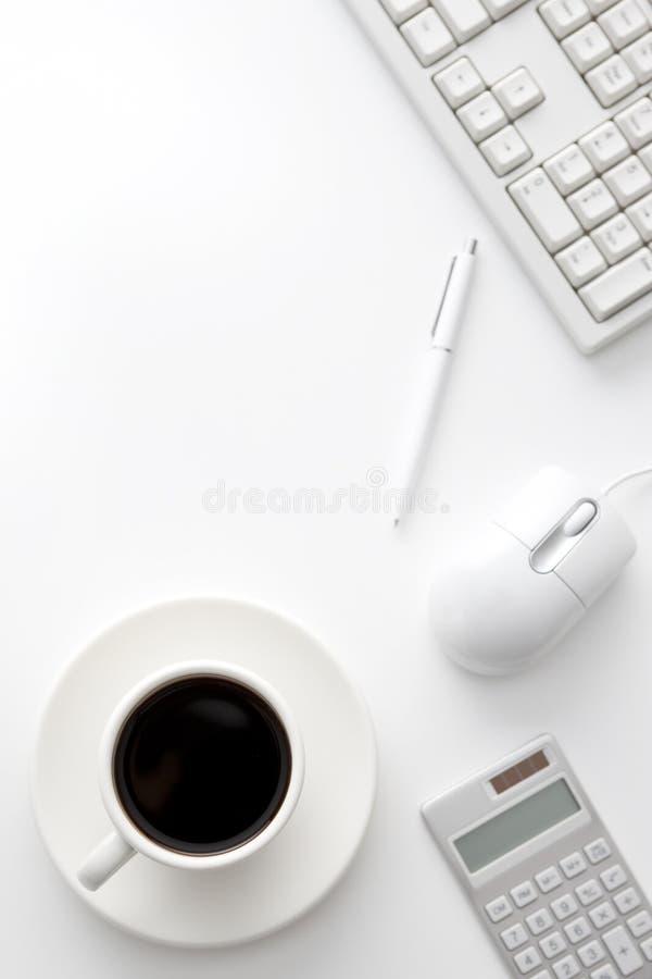 skrivbordkontor arkivfoto