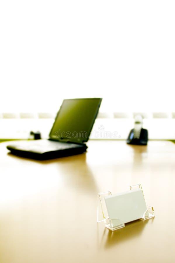 skrivbordkontor arkivbild