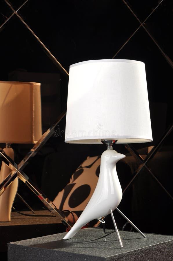 Skrivbordlampa royaltyfria bilder