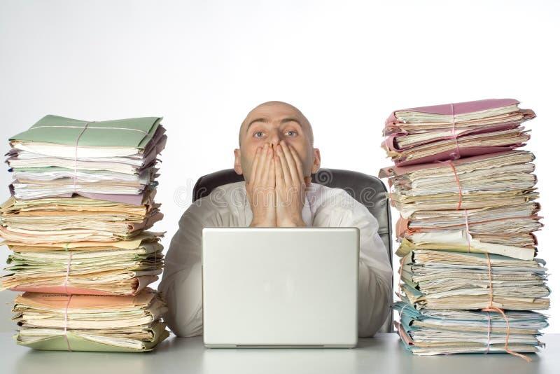 skrivbordsarbetebuntar arkivfoton