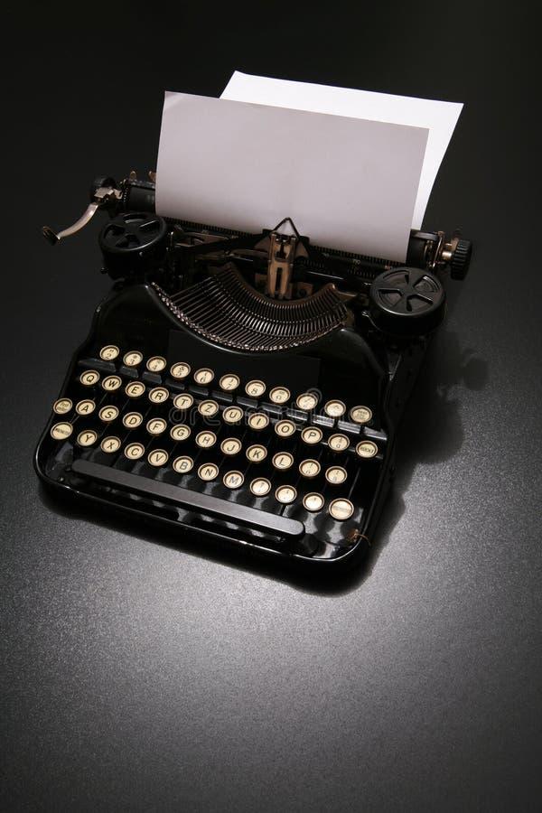 Skrivmaskin royaltyfri bild