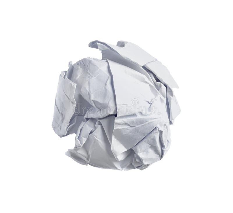 Skrynklig pappers- boll som isoleras på vit bakgrund arkivbilder