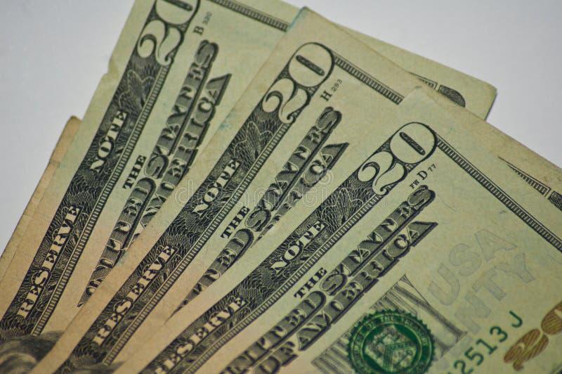 Skrynkliga gamla pengar för pappers- valuta tjugo dollarräkningar tätt upp arkivfoto