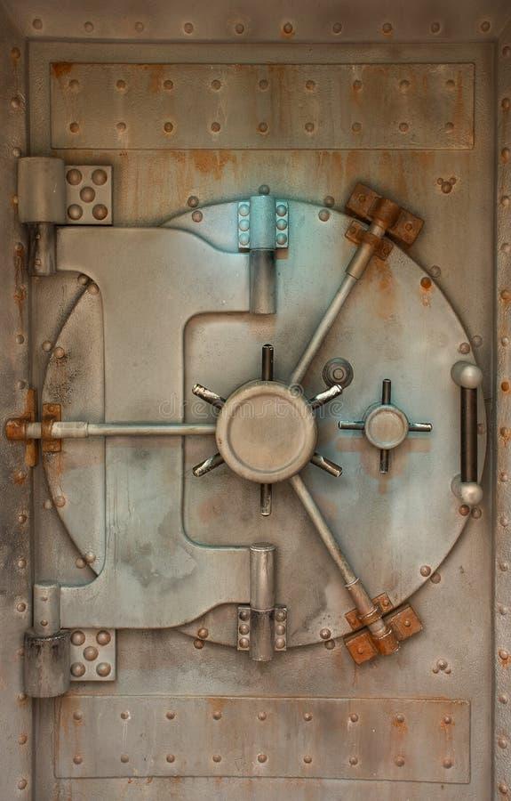 skrytki drzwiowa ośniedziała krypta zdjęcia royalty free
