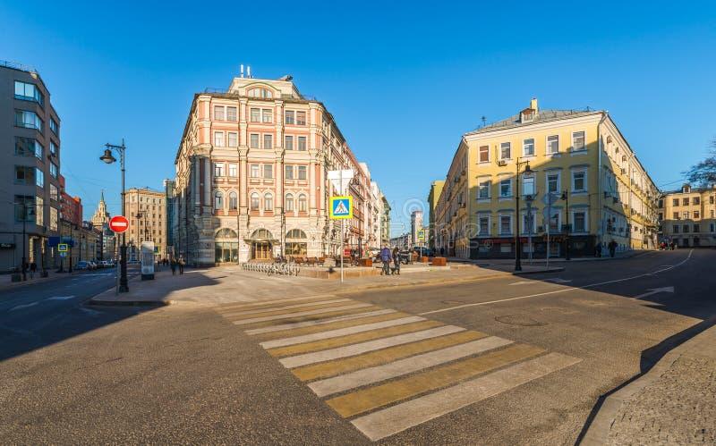 Skrzyżowania Myasnitskaya ulica i Duży Kozlovsky pas ruchu zdjęcia stock