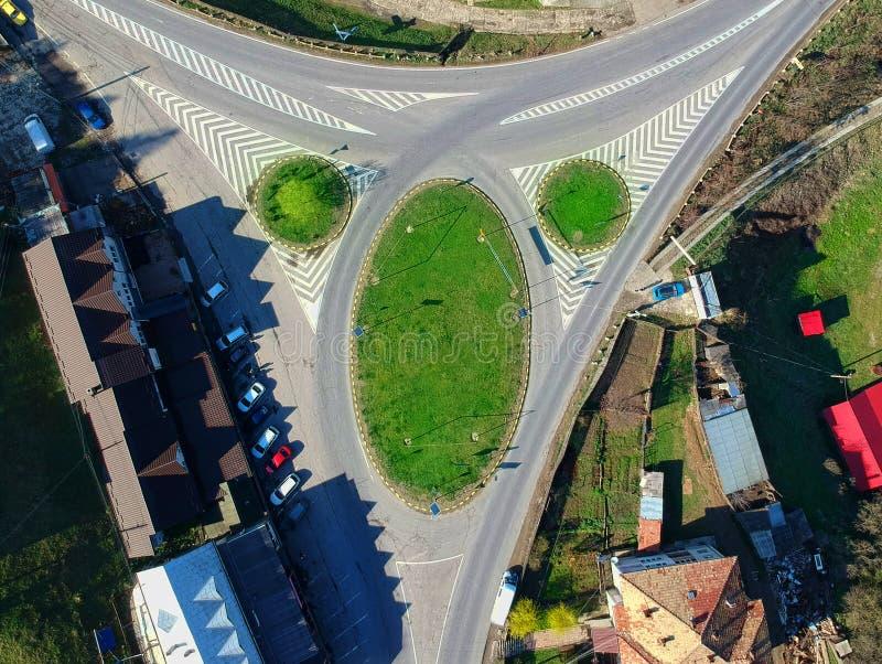 Skrzyżowanie droga w wiejskim krajobrazie obrazy stock