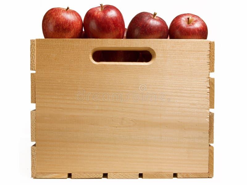 Skrzynka Czerwoni jabłka obraz stock