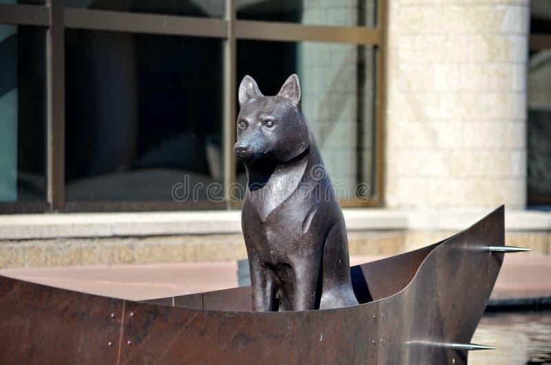 Skulptur'NAMAXSALAen som TILLSAMMANS RESER I ETT FARTYG fotografering för bildbyråer