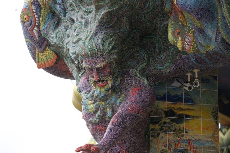 Skulptur, Architektur und Symbole von Buddhismus, Thailand lizenzfreie stockfotografie