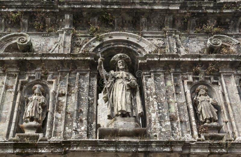 Skulptur av apostelSantiago arkivbild