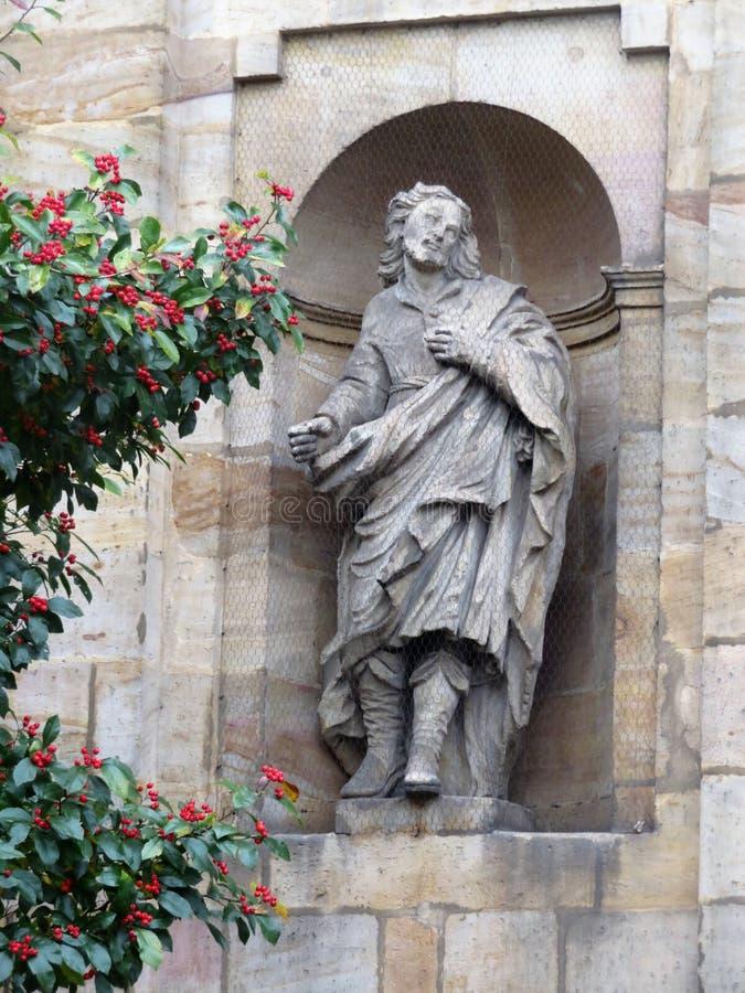 Skulptur av den Carmelite kloster royaltyfri bild