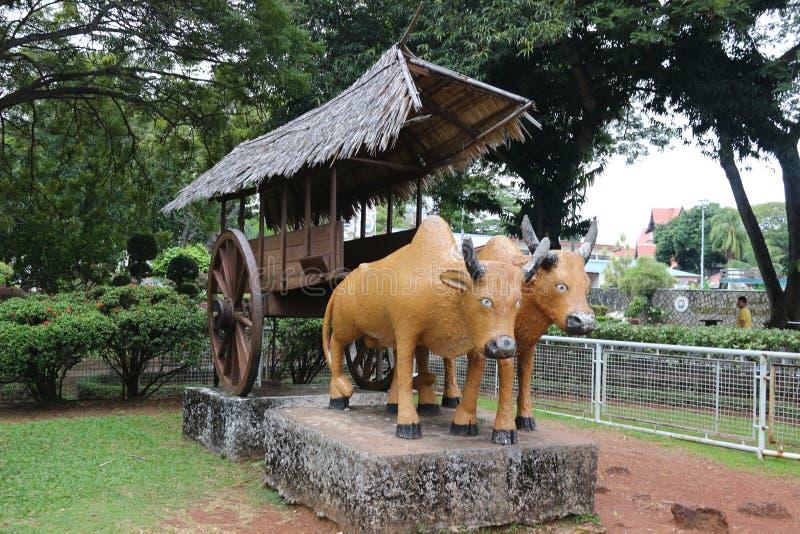 Skulptur av oxar för en vagn arkivfoton